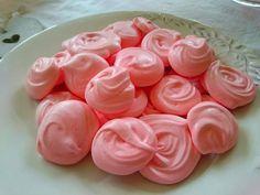 Pink Lemonade Meringues - Easy Recipe - Healthy Sweet Treat - Slimming World/ Weight Watchers Friendly!