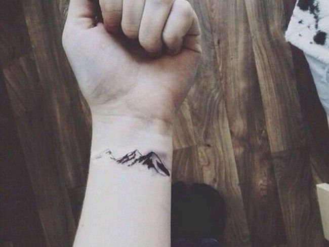 1000 ideas about small tattoos men on pinterest cool small tattoos tattoo man and small tattoos. Black Bedroom Furniture Sets. Home Design Ideas