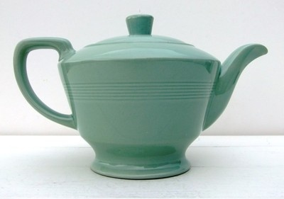 Vintage 1940's 50's Woods Ware Beryl Green Large Teapot