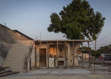 A dos meses del terremoto el sur de México batalla ahora con la burbuja inmobiliaria