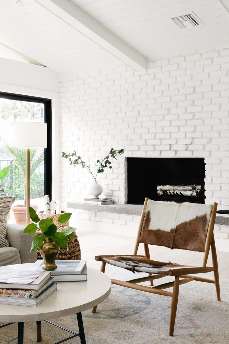 10 Strategies To Apply White Brick Wall In Various Rooms Archlux Net White Brick Wall Living Room Brick Wall Interior Living Room Brick Living Room