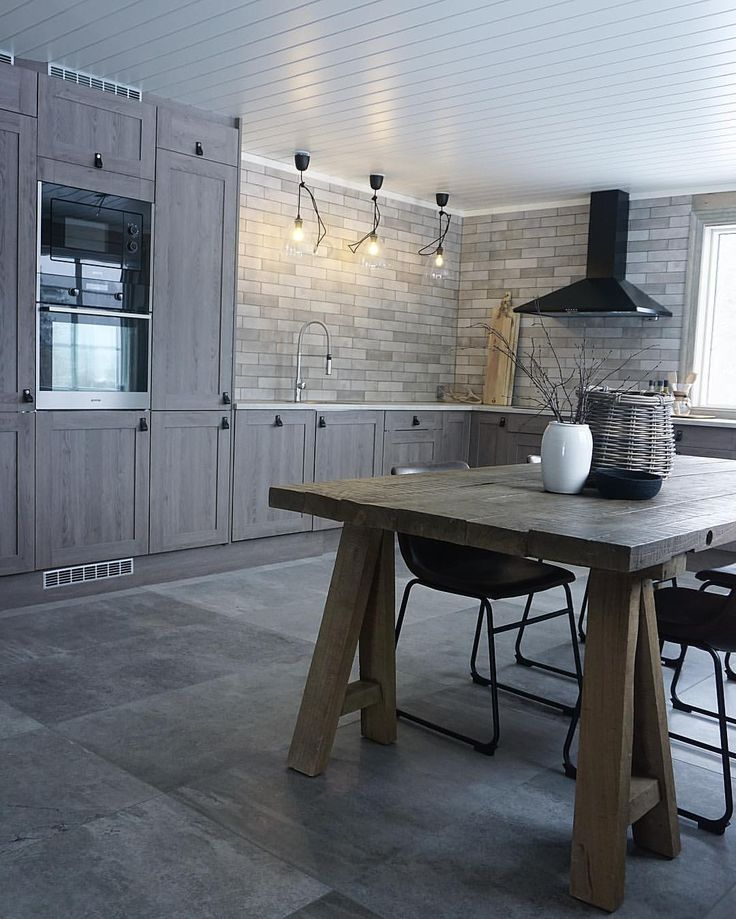 """9,271 Likes, 125 Comments - CC-styling (@casachicks) on Instagram: """"-Kitchen at our cabin- Vi er utrolig fornøyd med valget av fliser fra @modenafliser og kjøkken fra…"""""""