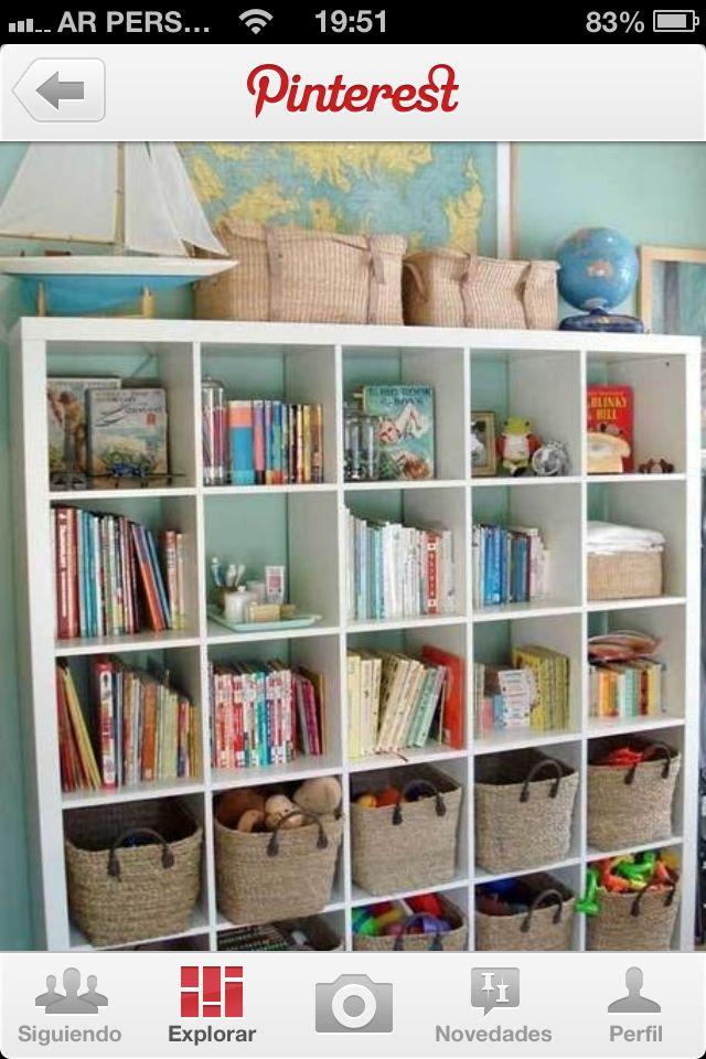 Biblioteca para guardar juguetes y libros d adri muebles - Estanterias guardar juguetes ...
