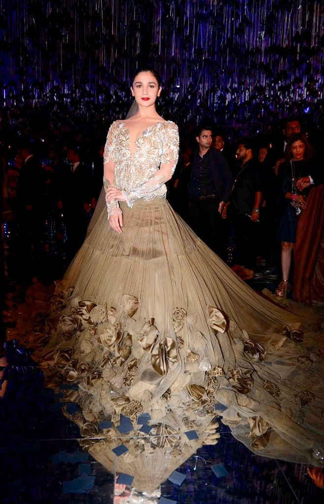 Alia Bhatt walks the ramp for Manish Malhotra during Indian Couture Week 2017 Grande Finale