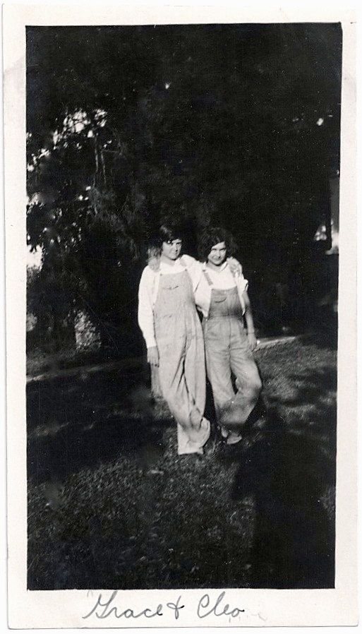 "OLD PHOTO 2 WOMEN ARM N ARM WEARING OVERALLS 1920S. NAMES WRITTEN ON BOTTOM BORDER, WRITING ON BACK. PHOTO IS IN VERY GOOD CONDITION. PHOTO MEASURES 2 1/2"" X 4 1/2""."