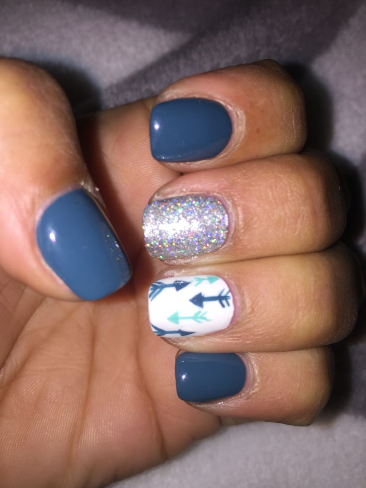 Grey white teal arrows silver nail design