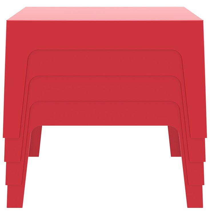Table basse marto une table basse empilable en mati re for Table exterieur plastique carrefour