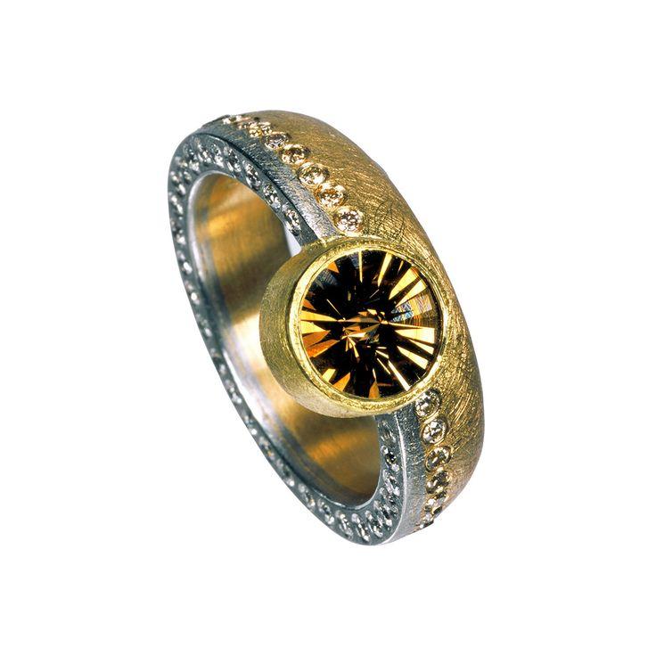 Platin, 24k & 22k Gold, naturbrauner Diamant im Spirit Sun-Schliff 1,81 ct, naturbraune Diamanten 0,39 ct, champagnerfarbene Diamanten 0,29 ct