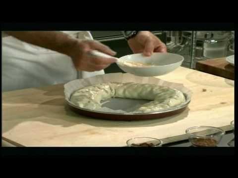 Strudel crisp - Jablečný štrůdl -  - YouTube