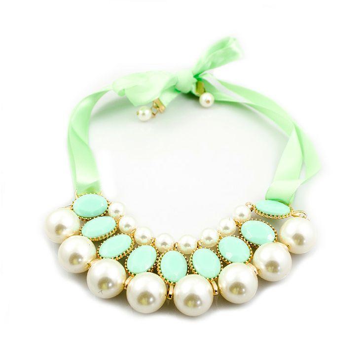 """Statement ketting """"Cute Pearls Green"""" #statementketting #ketting #parels #pearls #lanassieraden"""