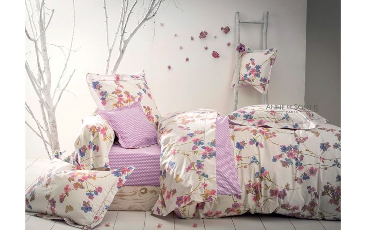 17 meilleures id es propos de couettes violettes sur pinterest courtepoin. Black Bedroom Furniture Sets. Home Design Ideas