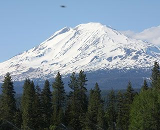 Sattva Sanctuary, Trout Lake, WA (base of Mount Adams): Countless visitors to the consciousness-raising compound, including many prominent scientists, report staggering UFO eyewitness accounts: documented sightings, sounds, even alleged contact of the third kind. One wave included as many as 50 unidentified craft.