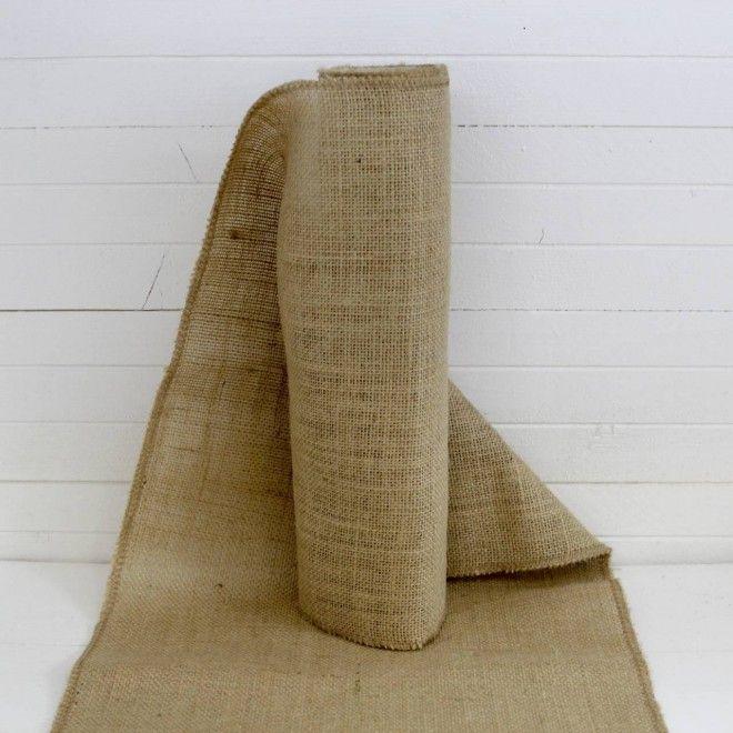 les 25 meilleures id es de la cat gorie chemins de table en toile de jute sur pinterest chemin. Black Bedroom Furniture Sets. Home Design Ideas