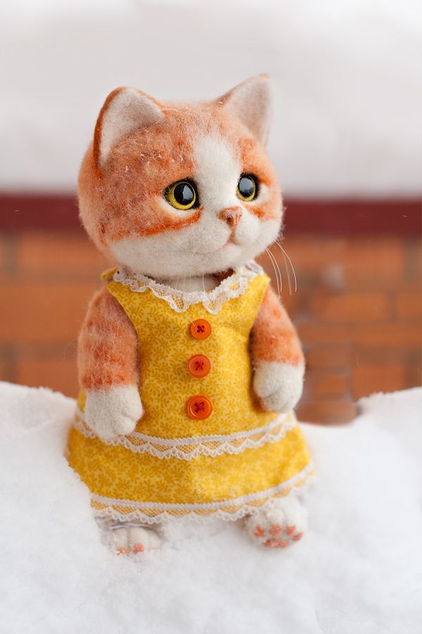 felted kitty