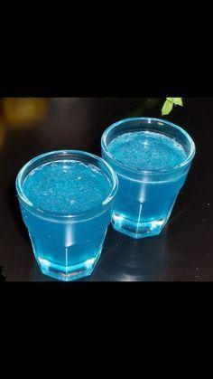 Blue Kamikaze: 2.5 oz Vodka 1 Squeeze Lime Juice 6 oz Sprite 1 oz Blue Curacao