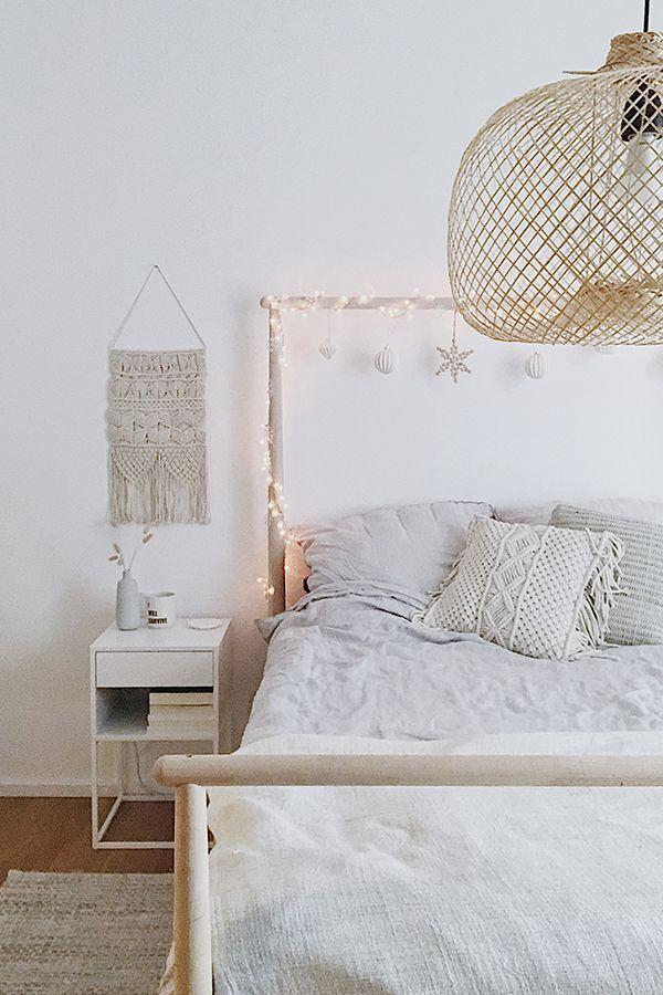 Im Schonen Landau Hat Sich Die Liebe Consti Von Dreieckchen Einen Skandinavischen Wohntraum Mit Einem Lei Simple Bed Bedding Inspiration Shabby Chic Bedrooms