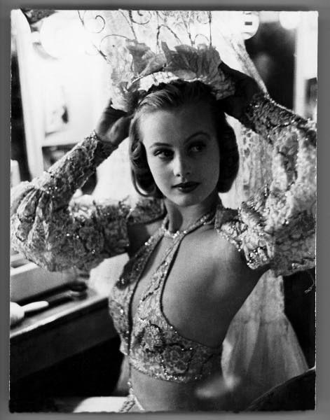 1930s Nazi Girls Porn - 1930s nazi vintage cum shot porn - Chorus girl hope chandler in dressing  room backstage at
