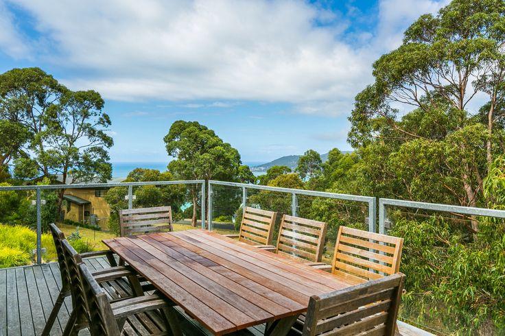 L'Vista Lorne outdoor dining www.lvista.com.au