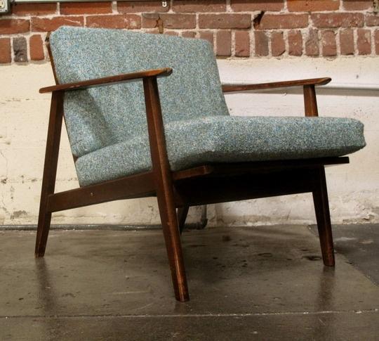 Mid-Century Brown Jordan Lounge Chair