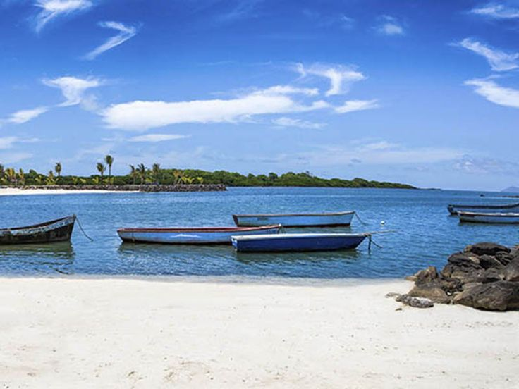 Azuri Beach