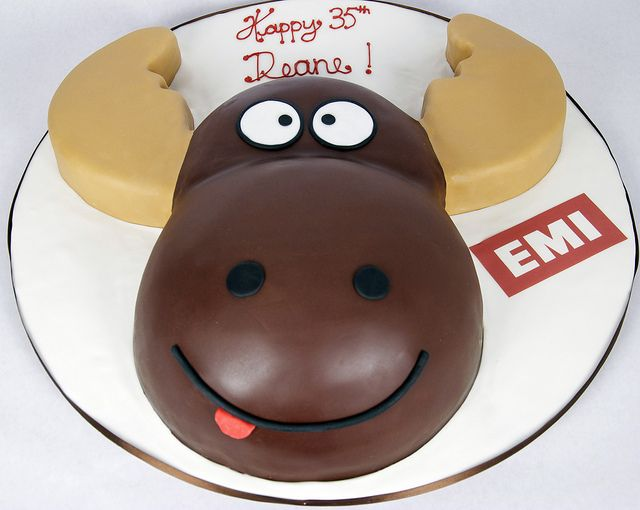 moose head cake toronto by www.fortheloveofcake.ca, via Flickr