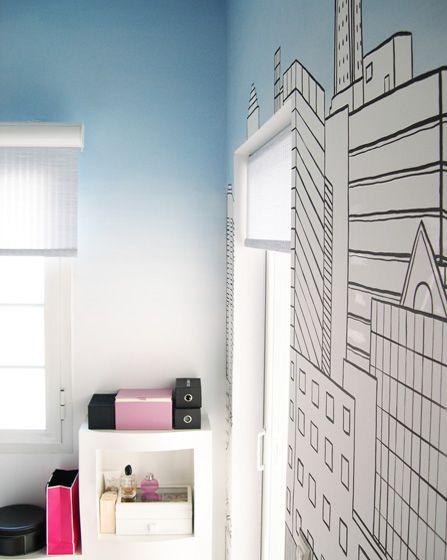 Ζωγραφική στον τοίχο σε δωμάτιο εφήβου με ασπρόμαυρο σκίτσο της Νέας Υόρκης και τόιχο ombre. Δείτε πρωτότυπες ιδέες διακόσμησης για το παιδικό ή εφηφικό δωμάτιο στη σελίδα μας  www.artease.gr