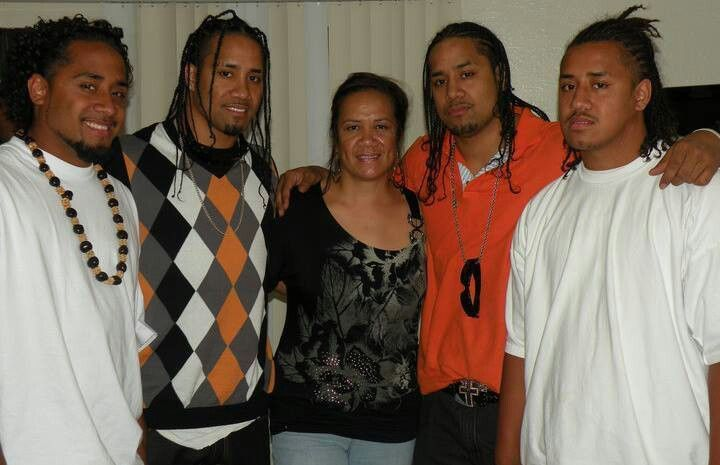 Talisua Fuavai-Fatu, the wife of Solofa Fatu (former WWE Superstar Rikishi), with their sons Jonathan (Jimmy Uso), Joshua (Jey Uso), Jeremiah, and Joseph.