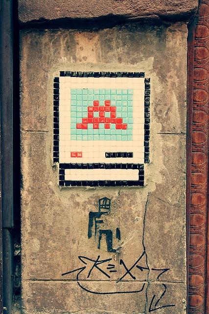 Space invaders graffiti