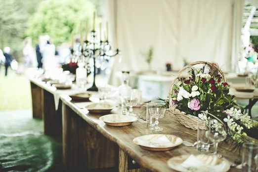 Rustic alternatives to wedding crockery that are eco-friendly and beautiful