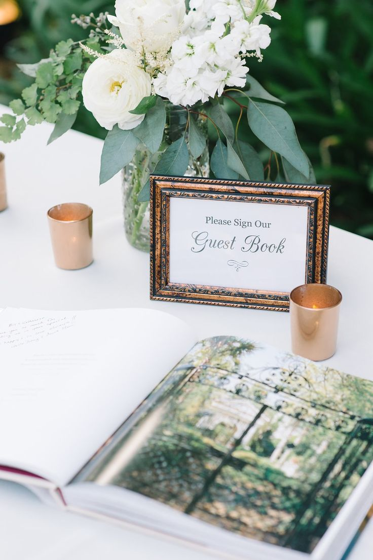 photo: Aaron & Jillian Photography; wedding guestbook table idea