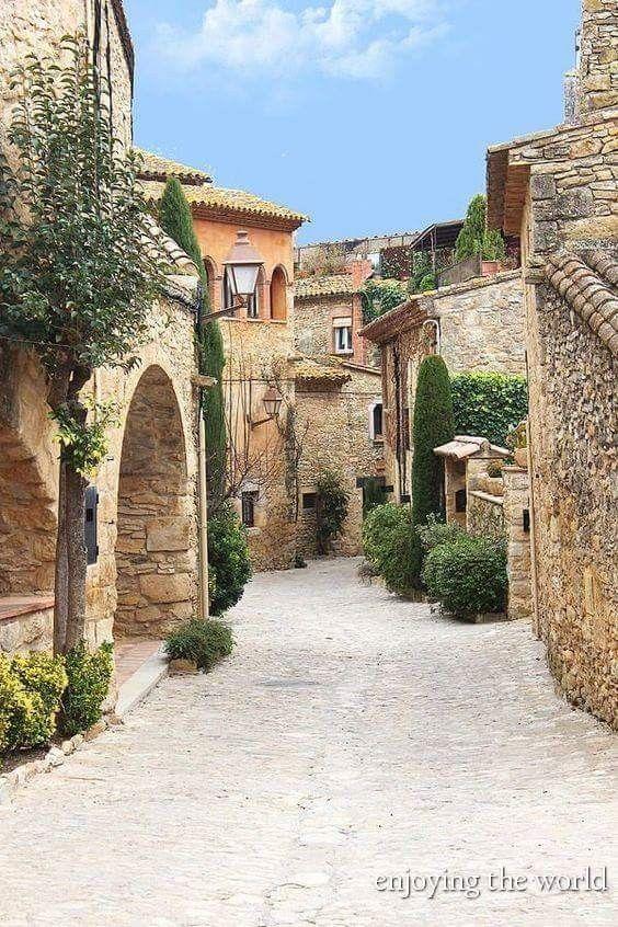 Peratallada, Girona. Spain