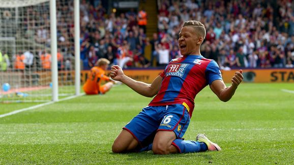 Eagles Boss Alan Pardew: Dwight Gayle Is a Force for Us