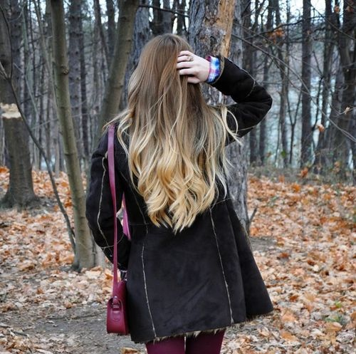 Blonde ombré hair: Her roots are pretty much my natural hair color.