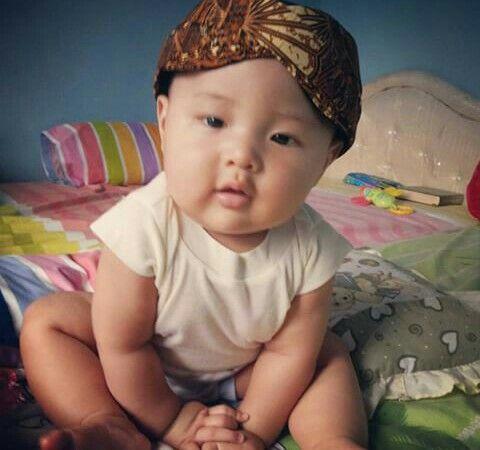 Javanese baby with blangkon