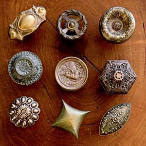 Having a different antique door knob for each door in the house to contrast an otherwise modern home would be eye-catching.