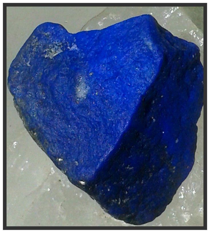 Lapis lazuli, krásný kámen s krásnými účinky...