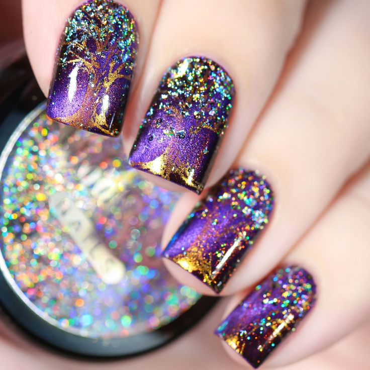 Pretty and sparkly nail art.  Give your nails a spectacular rainbow holo effect with these holographic nail flakies.