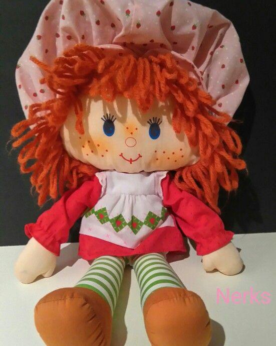 "Strawberry Shortcake 15"" plush 1980 American Greetings. $14.00 CDN +ship."