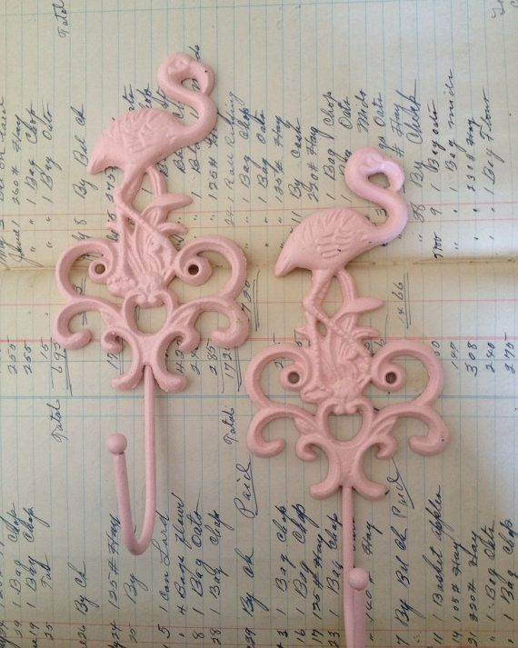 Flamingo wall hook / cast iron pink flamingo wall decor / beach decor / coastal…