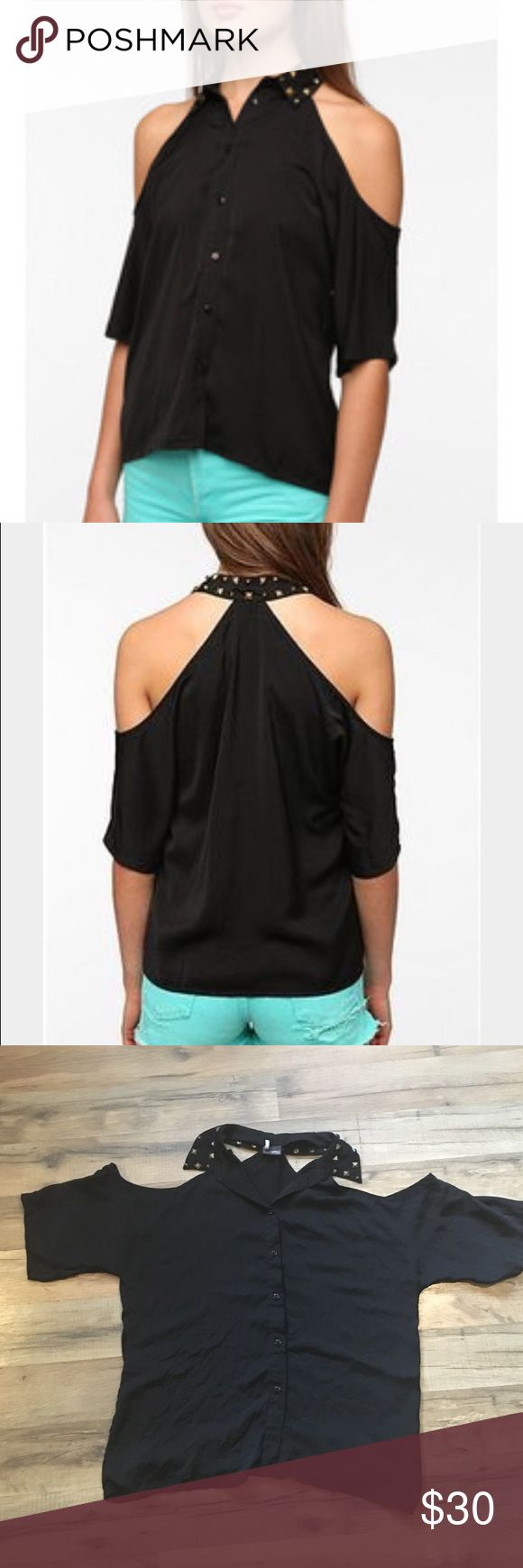 Urban Outfitters Studded Collar Cold-Shoulder Top Sparkle & Fade top by urban outfitters. Black button down top with shoulders cut out and studded collar. Sparkle & Fade Tops Button Down Shirts