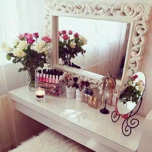 Ber ideen zu glamour schlafzimmer auf pinterest for Schminktisch deko ideen