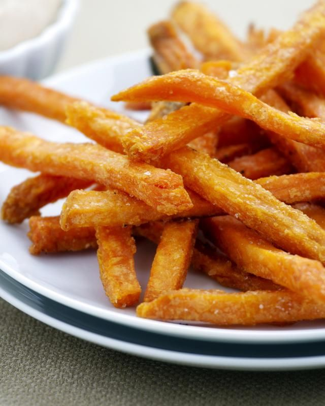 Easy Low-Fat Baked Sweet Potato Fries. If you're craving a high-fat and salty treat like fast food French fries, try this vegan recipe for healthier baked sweet potato fries. Baked sweet potato fries are much lower in fat than a deep-fried version and are very quick to prepare. Kids will love these baked fries as well.
