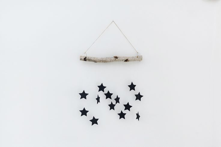 DIY Modern, Scandinavian Christmas Wall Hanging