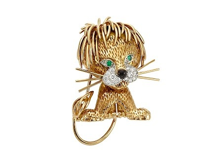 Gold, Diamond, Emerald and Black Enamel Lion Clip-Brooch, Van Cleef & Arpels  Estimate: $ 2,000 - 3,000 ❤