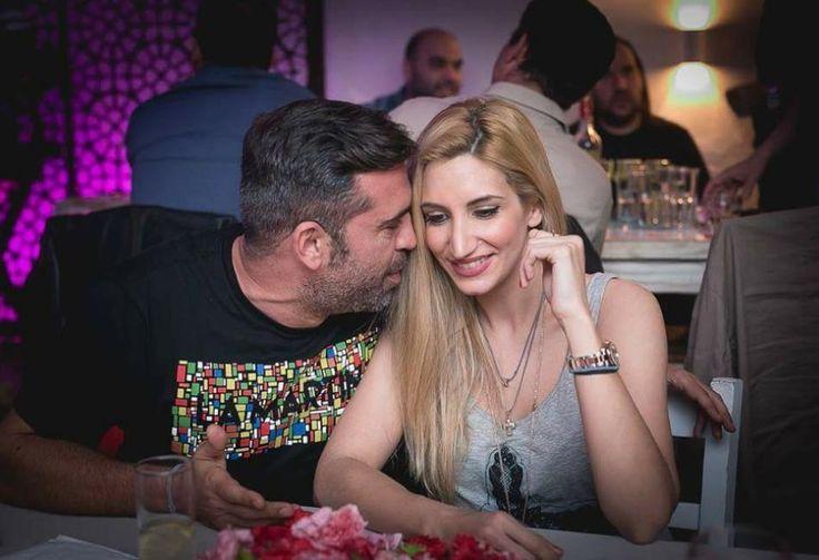 Στέφανος Κωνσταντινίδης: Ερωτευμένος με την σύζυγο του σε σπάνια νυχτερινή έξοδο (pics)