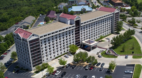 The Radisson Hotel is one of the most popular hotels in Branson with an on site restaurant, lounge, pizza parlor, sauna, fitness center, and indoor and outdoor pools to make your trip perfect. Find out more here: http://www.bransonshows.com/lodging/RadissonHotelBranson.cfm