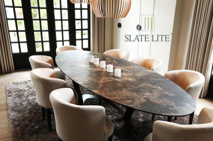 Slate Lite California Gold kőburkolat az asztallapra laminálva.