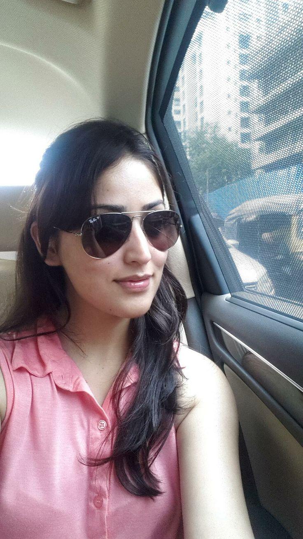 Yami Gautam on her way to a Filmfare photoshoot. #Bollywood #Style #Fashion #Beauty