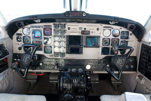 Beechcraft King Air 200 Instrument Panel