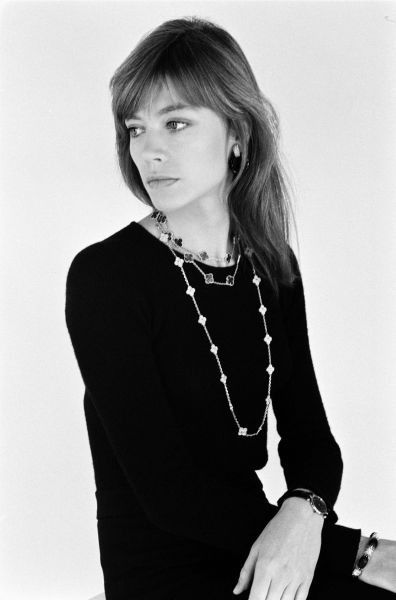 From the Van Cleef Arpels website--Francoise Hardy from the early 70s. Easy to see why she is a VCA icon. Love the layered alhambra necklaces.